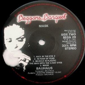 Bauhaus-Mask-3