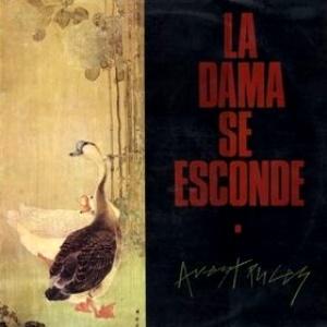 LaDamaSeEsconde-Avestruces