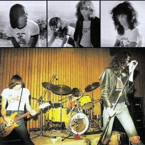 Ramones-Ramones-2