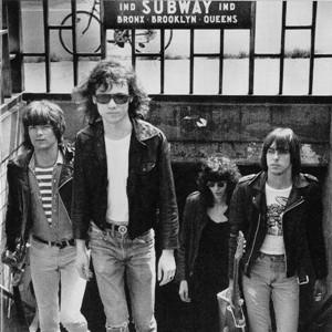 Ramones-Ramones-3